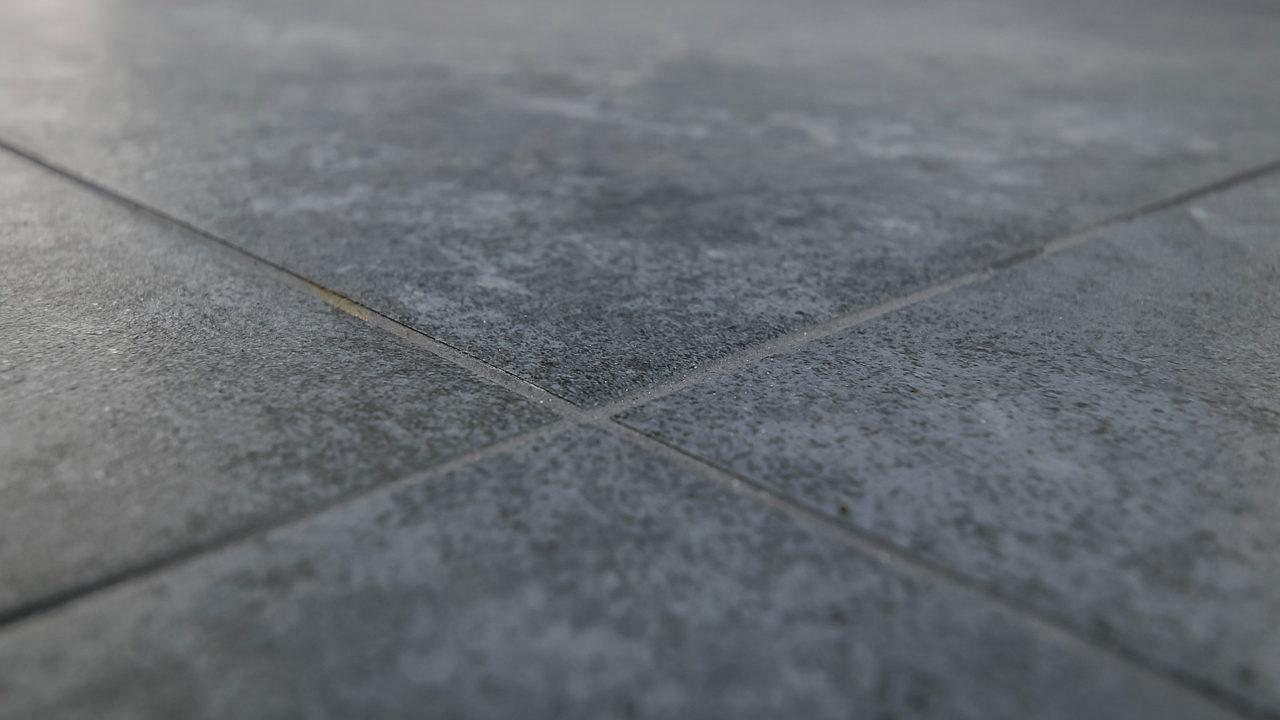 Badrenovierung Oldenburg Fliesenverlegung Bad Grossformatfliesen 30